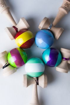 I think my kids need one of these! The Architect (kendama) Japanese Things, Japanese Games, Wood Toys, Pills, Industrial Design, Cool Stuff, Illustration, Crafts, Wooden Toy Plans