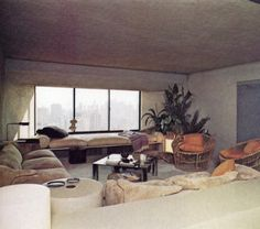 New York Highrise | John Saladino THE NYT BOOK OF INTERIOR DESIGN AND DECORATION ©1976