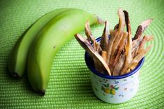 CHIPS+DE+BANANA+|+Ingredientes:+2+bananas+verdes