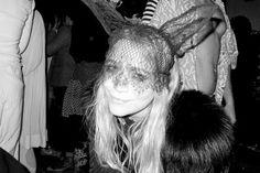 Olsen + Maison Michel bunny ears = match made in heaven Olsen Sister, Olsen Twins, Mary Kate Ashley, Mary Kate Olsen, Cat Ears Headband, Ear Headbands, Chic Halloween, Halloween Costumes, Halloween 2015