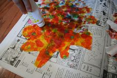 Pink and Green Mama: * Fall Craft for Kids: Coffee Filter Leaves