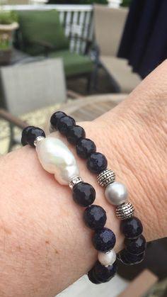 bracelets videos Blue goldstone bracelet set Handmade beaded jewelry by Bayshoredesignstudio Handmade Pearl Jewelry, Silver Jewelry, Silver Earrings, Silver Ring, Handmade Beaded Bracelets, Male Jewelry, Diy Bracelets Video, Bracelet Set, Bangle Bracelets