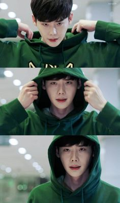 Lee jong suk ❤❤ while you were sleeping drama ^^ W Korean Drama, Drama Korea, Asian Actors, Korean Actors, W Two Worlds Wallpaper, Kdrama, Lee Jong Suk Wallpaper, Kang Chul, Lee Jung Suk