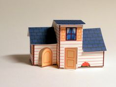 Little toy cottage  This little project is quite a contrast to the previously made P-Body- Not surprisingly, actually, as this was commissioned by a 4-year old girl. And girlish it is indeed.