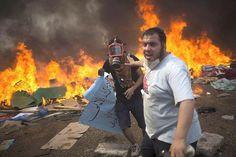 L'Égypte en état d'urgence après une journée sanglante. À la une du Figaro.