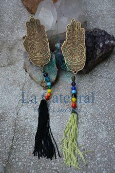 Mano 7 Poderes India -  CÓD. 2421 #manohindu #manometal #manobronce #7poderes #sietepoderes India, Tassel Necklace, Metal, Jewelry, Manualidades, Goa India, Jewlery, Bijoux, Jewerly