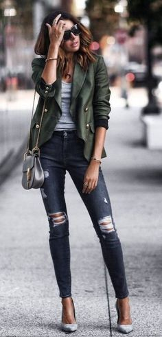 10 Most Affordable Clothing Websites You Didn't Know About! women's green and gray twinset Source by sevdaal The post 10 Most Affordable Clothing Websites You Didn't Know About! appeared first on Create Beauty. Fashion Mode, Love Fashion, Womens Fashion, Fashion Trends, Style Fashion, Green Fashion, Fashion Outfits, Fashion Quiz, Jeans Fashion