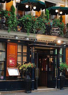 Le Procope Restaurant, Paris oldest restaurant. site of the first café in France