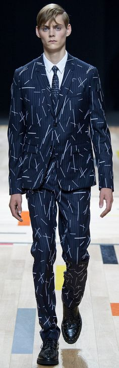 Dior Homme Fashion show details & more