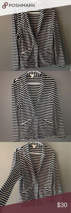 Caslon striped sweater blazer Beautiful, thick fabric. Such a cute piece Caslon Jackets & Coats Blazers