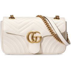 Gucci GG Marmont matelassé shoulder bag (29,500 MXN) ❤ liked on Polyvore featuring bags, handbags, shoulder bags, white, leather purses, genuine leather handbags, white leather shoulder bag, chain shoulder bag and gucci purse