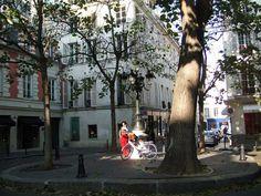 Praça de Fürstenberg, em Saint Germain, Paris. Na realidade mais uma rua que uma praça, seu comprimento é de 82 metros, da rue Jacob à rue de l'Abbaye. Construída em 1699 e batizada com o nome do cardeal Fürstenberg.