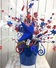 Star Floral Arrangement4th of July Centerpiece Americana by Keleas