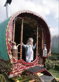Gypsy Caravan, Gypsy Wagon, Fine Art Prints, Framed Prints, Canvas Prints, Stow On The Wold, Gypsy Home, Retro, Poster Size Prints