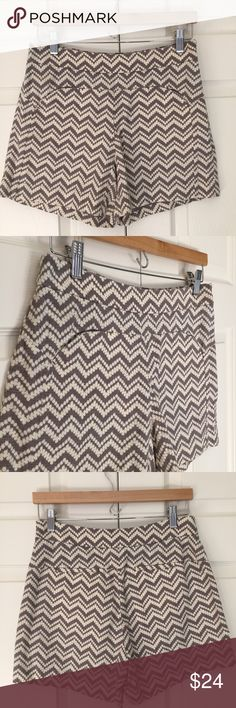 """Anthropologie High Waist Chevron Print Shorts resort ready! taupe grey and cream textural chevron print high waisted shirt from Cartonnier for Anthropologie. feature side zipper and front seam detail pockets. 98% cotton 2% spandex. excellent condition. size 6. waist flat is 14.25"""", front rise is 10"""", inseam is 4"""". Anthropologie Shorts"""