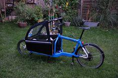 Kleinigkeiten. Bullitt Bike, Velo Cargo, Kabine, Bike Design, Bicycles, Diy And Crafts, Biker, Cycling, Road Trip