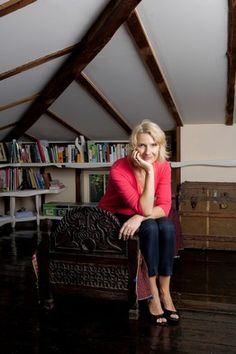 Elizabeth Gilbert on why memoir is less vulnerable and intimate than you think Elizabeth Gilbert, Liz Gilbert, The Rosie Project, Beloved Book, Opposites Attract, New Life, Vintage Books, Memoirs, Old And New