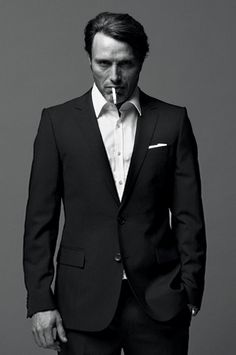 Google Image Result for http://www.soletopia.com/wp-content/uploads/2013/05/mads-mikkelsen-hannibal-suit-game.jpg