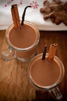 Boozy Mexican Hot Chocolate: Coconut Milk, Bittersweet Chocolate, Vanilla, Vanilla Bean, Chile Powder, Cinnamon, Cognac