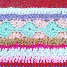 Open Center Afghan Knitting Pattern Age Concern Knitting Patterns 113 Best Innocent Smoothies Big, Open Center Afghan Square Free Crochet Pattern, Easy Afghan Knitting Patterns In The Loop Knitting, Crochet Baby Blanket Sizes, Crochet Blanket Border, Striped Crochet Blanket, Crochet Bedspread Pattern, Plaid Crochet, Crochet For Beginners Blanket, Crotchet Patterns, Crochet Stitches Patterns, Knitting Patterns