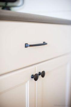 51 best kitchen cabinet knobs images kitchen cabinet handles rh pinterest com