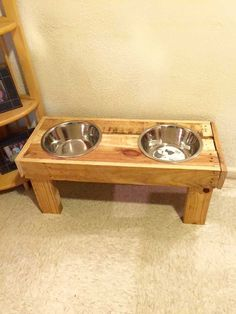 Sturdy Wooden Dog Bowls - 125 Awesome DIY Pallet Furniture Ideas | 101 Pallet Ideas - Part 4