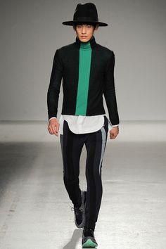 John Galliano Fall 2014 Menswear Collection Slideshow on Style.com