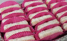 Lange vingers met kokos en slagroom. Onwijs makkelijke gebak/koekjes die ook nog eens heerlijk zijn | Womanistical