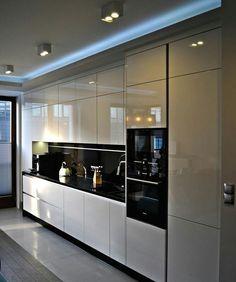 Over 80 good Scandinavian kitchen cabinets design ideas Kitchen Cabinets Luxury Kitchen Design, Kitchen Room Design, Kitchen Cabinet Design, Luxury Kitchens, Kitchen Layout, Home Decor Kitchen, Interior Design Kitchen, Kitchen Ideas, Kitchen Inspiration