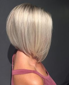 31 Likes, 1 Comments - Jillian Ferguson ( - Medium Hair Cuts, Short Hair Cuts, Medium Hair Styles, Curly Hair Styles, Blonde Bob Hairstyles, Medium Bob Hairstyles, Platinum Blonde Hair, Icy Blonde, Platinum Bob