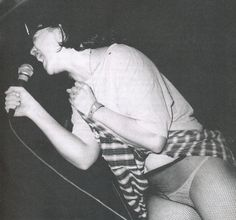Kathleen Hanna - Bikini Kill