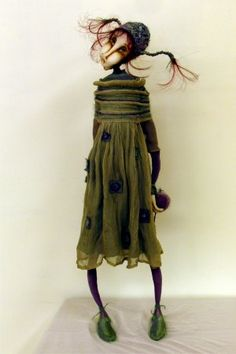 by Ankie Daanen  this is not an Ankie Daanen doll,Her first name is Juarte.i can't for the life remember her last name.She is a fabric doll,i believe she now sculpts