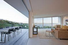 Interior/exterior overflow at Redcliffs House in Christchurch, New Zealand by MAP Architects