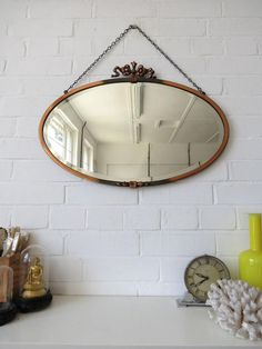 Vintage Large Oval Art Deco Bevelled Edge Wall Mirror por uulipolli
