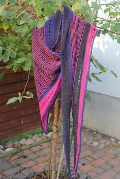 Ravelry: Elliee's Westknits Mystery Shawl KAL 2013: Color Craving