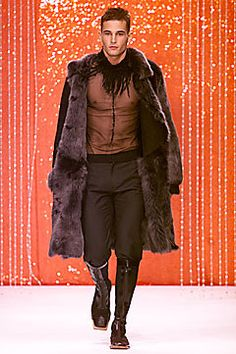 Arkadius Fall 2001 Ready-to-Wear Fashion Show - Arkadius