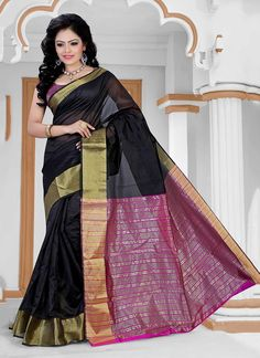 Be an angel and create and establish a smashing effect on every person by carrying this black cotton   casual saree. The enticing patch border work an intensive attribute of this dress.  Comes with matching blouse.