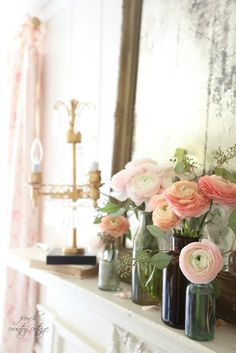 Blushing beauty spring mantel - Can something that is barely blushing steal your heart with one little glance? If you are one of those always enamored with, . French Country Cottage, French Country Decorating, Country Charm, Cottage Style, Country Living, Country Style, Wood Floor Pattern, Summer Mantel, Farmhouse Wall Decor