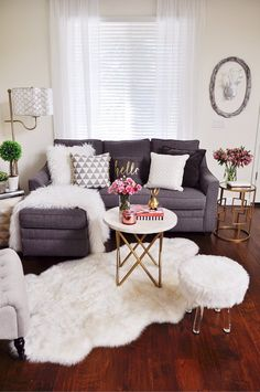 Jan 12 Light, Bright, and Cozy Decor Transitions from the Holiday Season.