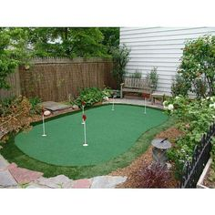 """NY1's Pat Kiernan chose the StarPro Greens 15x28 Putting Green as his #PointsForPresents holiday #gift pick for Dad: """"This putting green looks legit! It's 28 feet long and after installing it my dad would have no excuse for ever putting more than two strokes."""" Available with Membership Rewards points. Click here to check it out:  http://amex.co/HNuUqG"""