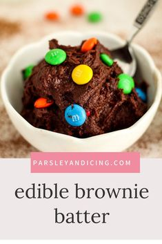 May 2020 - Make this easy recipe for EDIBLE BROWNIE BATTER COOKIE DOUGH for a thick, delicious, decadent dessert! It's rich and fudgy and only takes minutes to make. Top it with your favorite toppings! Eggless and made with heat treated flour. Cookie Dough Recipes, Baking Recipes, Snack Recipes, Easy Recipes For Desserts, Cookie Dough For One, Healthy Cookie Dough, Oreo Desserts, Edible Cookie Dough, Homemade Desserts