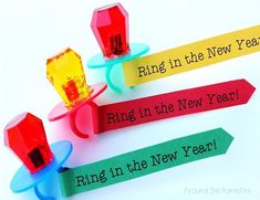 """Fun New Year's Activities for the Classroom Free printable """"Ring In the New Year"""" ring pops New Years Activities, Holiday Activities, Classroom Activities, Classroom Ideas, Toddler Classroom, Classroom Crafts, Fun Activities, Ring Pops, Kids New Years Eve"""