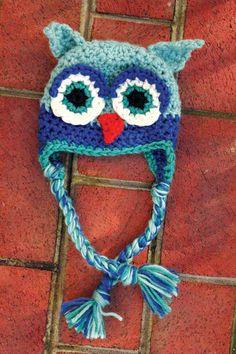 Super cute owl hat!
