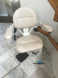 Stairlift In Beautiful Orange County Home. #Tile #Stairlift #stairchair  #turningseat #