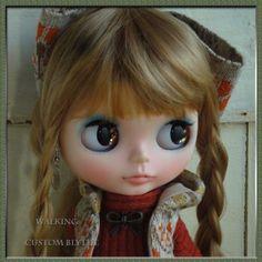 Kyohiro Custom Blythe Walking In Autumn   Buy her here:   #blythe #blythedolls #kawaii #cute #rinkya #japan #collectibles #neoblythe #customblythe