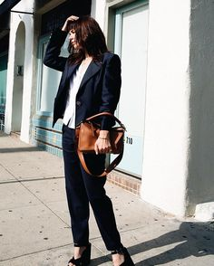 Pin for Later: The 37 Commandments of Dressing Like a New Yorker Wear Your Blazer Undone
