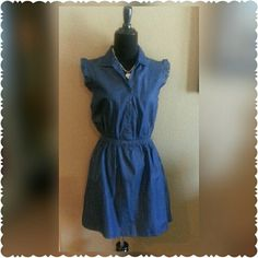 SOLD***Chambray Dress Adorable Chambray Dress, button down with ruffled sleeves Nwot Dresses