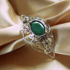 Brošňa smaragd