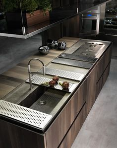 4 Jolting Cool Tips: Counter Tops Bar Subway Tiles modern counter tops quartz countertops. Big Kitchen, Kitchen Dinning, Kitchen And Bath, Kitchen Decor, Kitchen Island, Kitchen Sink, Kitchen Ideas, Kitchen Rustic, Kitchen White