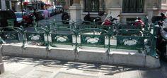 Paris, Métropolitain, Entrée de la station Gare St-Lazare, arch. Hector Guimard